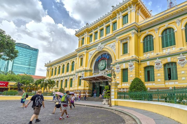Full Day Ho Chi Minh City Sightseeing Luxury Group Tour