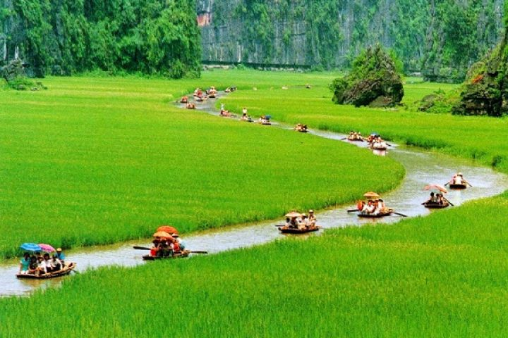 5-Days Highlight Hanoi With Halong Bay & Tam Coc Package Tour