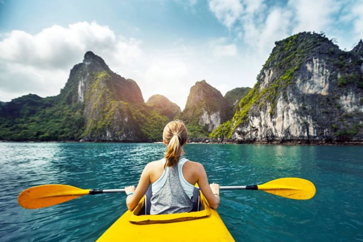 Full Day Ha Long Bay Group Tour