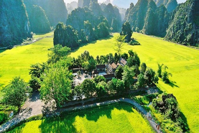 Reasons Why You Should Join Hoa Lu Tam Coc Full Day Tour