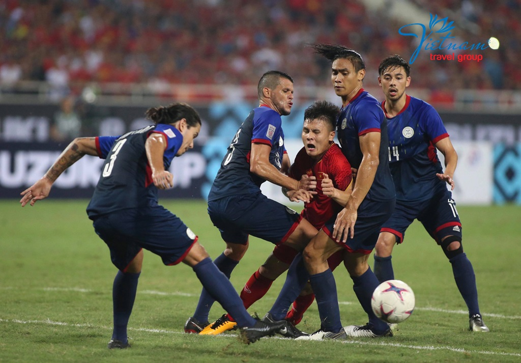 Vietnam-soccer-team-vs-Philippines-AFF-Cup-2018