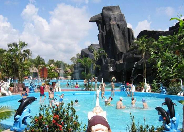 Ho Coc beach and Binh Chau hot spring 2 days tour