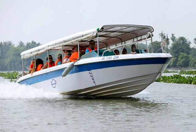 Cu Chi tunnel speedboat group tour